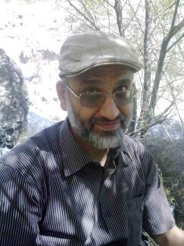 مهدی خزعلی پس از ۶۷ روز اعتصاب غذا به کوهنوردی رفت